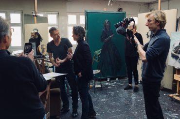 Opnames met Lara Rense in kunstatelier Sam Drukker