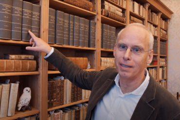 Woordhoek van Ewoud Sanders verhuist naar instituut voor de Nederlandse taal